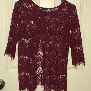 daytrip burgundy lace top size medium excellent